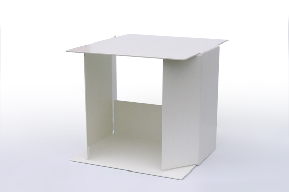 thumb_05_TABLES_Table_Anna