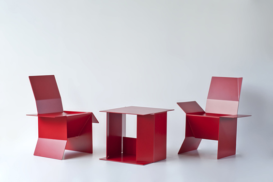 thumb_06_TABLES_Table_Anna_Ensemble_Red